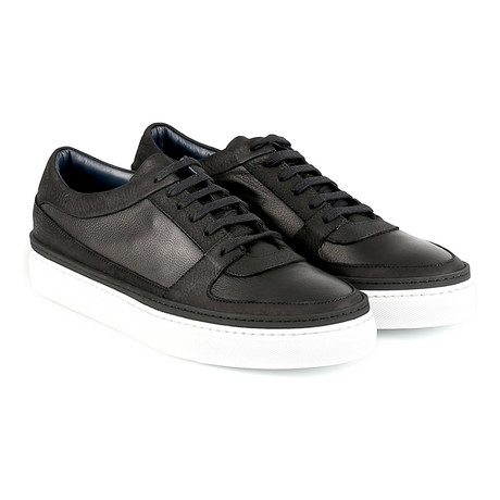 Reggio Low-Top Sneaker // Black