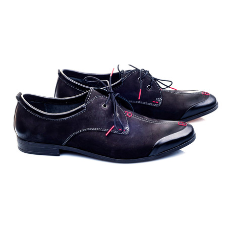 Top Stiched Curved Captoe Derby // Black