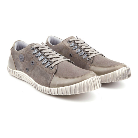 Lucky Dog Low-Top Leather Sneaker // Grey