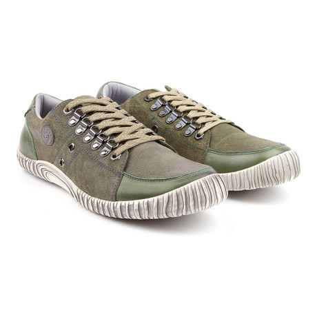 Lucky Dog Low-Top Leather Sneaker // Green