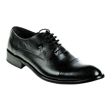 Plain Toe Oxford // Black