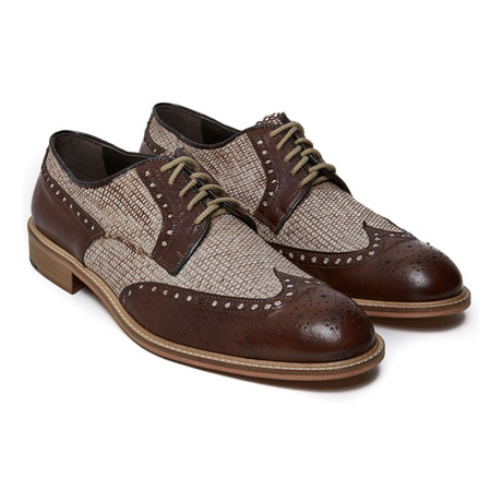 Textured Wing-Tip Derby // Dark Brown