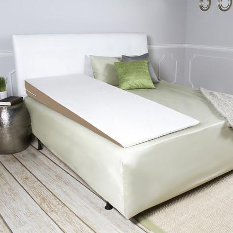 SuperSlant Memory Foam Pillow + Bamboo Cover (Queen)