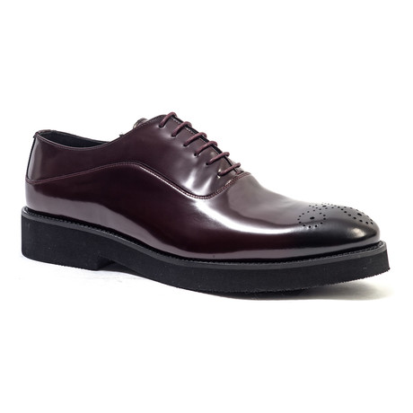 Casual Medallion Oxford // Burgundy (Euro: 40)