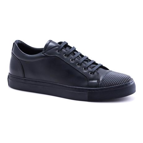 Textured Toe Cap Sneakers // Navy