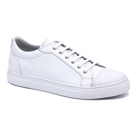 Textured Toe Cap Sneakers // White