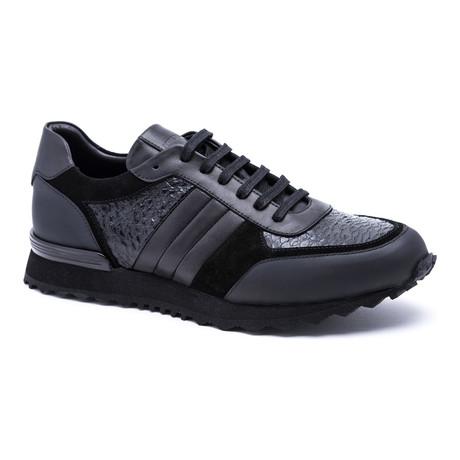 Snake Running-Styled Sneaker // Black