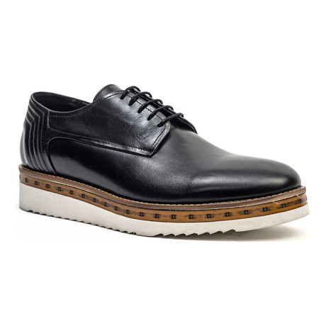 Casual Wooden Derby // Black (Euro: 40)