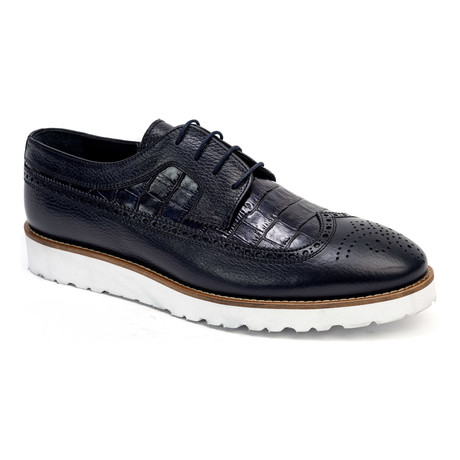 Casual Croc Wing-Tip Derby // Navy