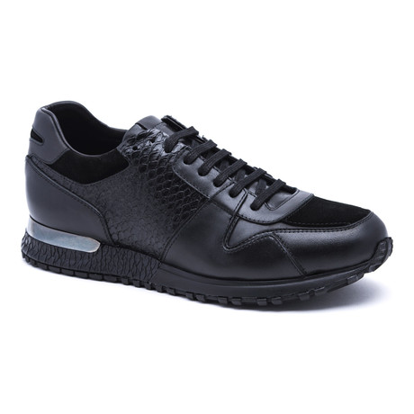 Two-Tone Running-Styled Sneaker // Black