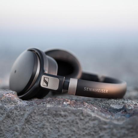 HD 4.50 BTNC Wireless Around Ear Headphones