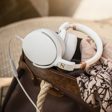 HD 4.20s Foldable Around Ear Headphones