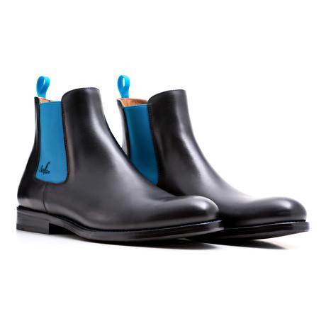 4107f06e798c 2b33f887879868626093f38daa418345 medium · Calf Leather Chelsea Boots     Black + Blue ...