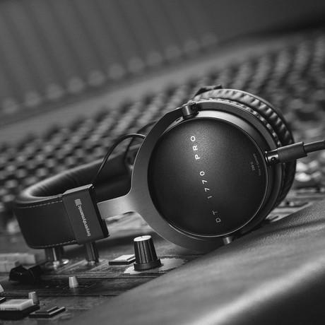 Pro Closed Back Studio Headphones // DT1770