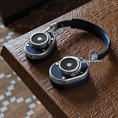 MH40 Over-Ear Headphone (Brown)