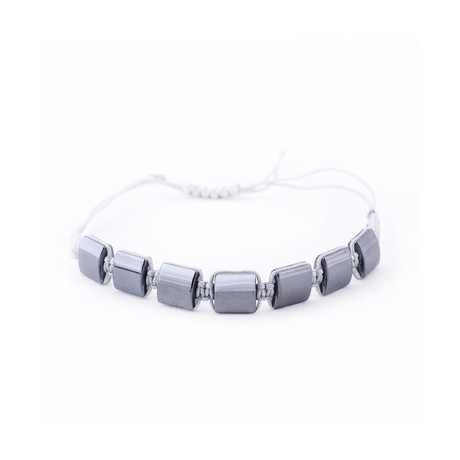 Knotted Plate Beaded Bracelet // Silver + Grey