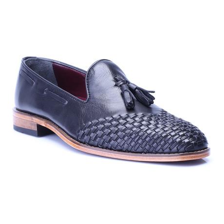 Woven Toe Tassel Loafer // Black
