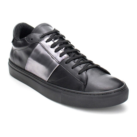 Vomero Contrast Panel Lace-Up Sneaker // Black (Euro: 40)