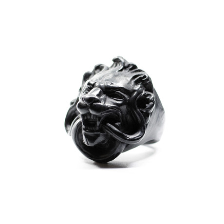 Black Lion Ring (Size: 5)