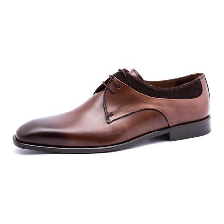 Textured Plain-Toe Derby // Brown