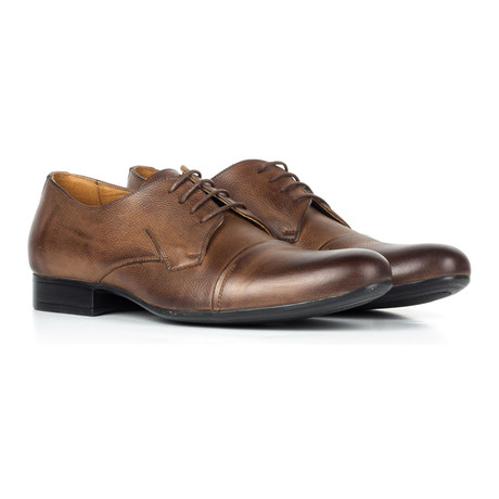 Captoe Leather Derby // Distressed Brown