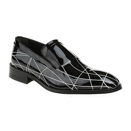 Graphic Line Slip-On Loafer // Black