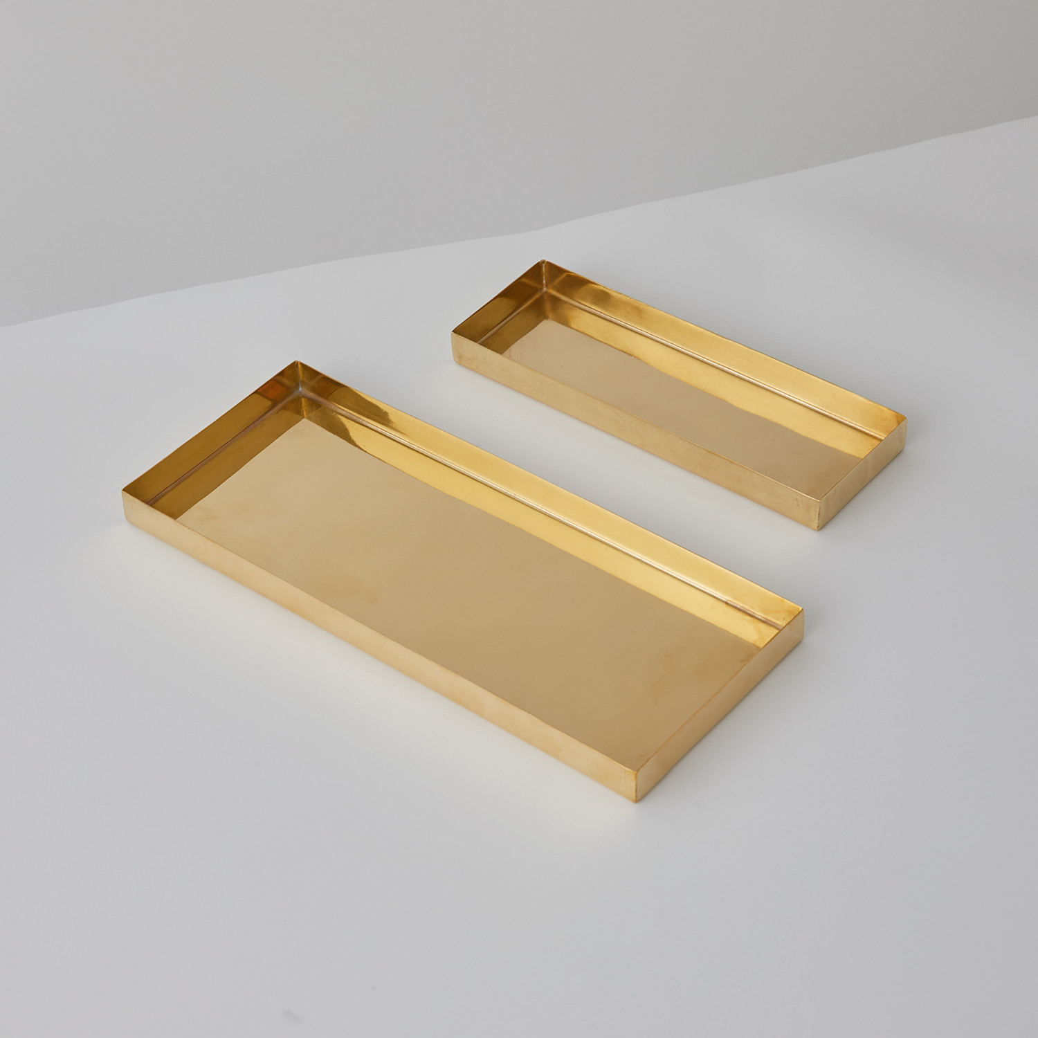 how to clean brass tray