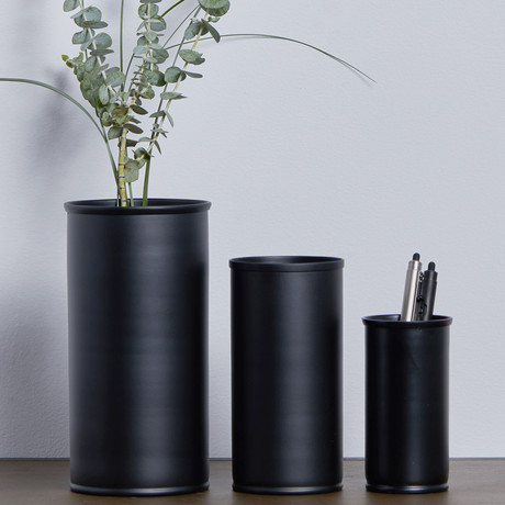 Black Vase Small Nordstjerne Touch Of Modern