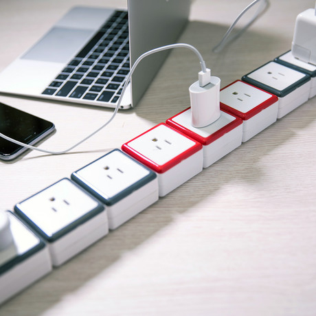 Socket Stacking Surge Protector // 6 US AC Outlets + 3 Outlet Extensions!