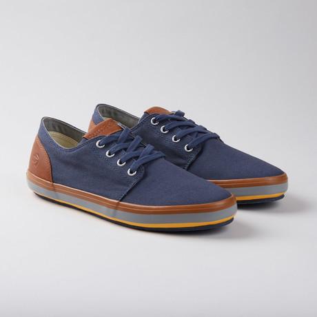 Jenner Low-Top Sneaker // Navy