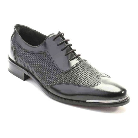 Aanand Perforated Wingtip Oxford // Antique Black