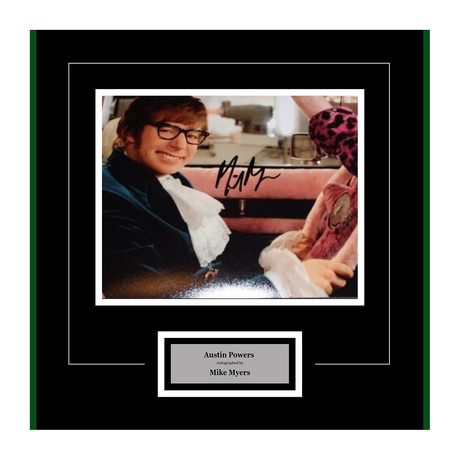 Austin Powers Signed Photograph // 2