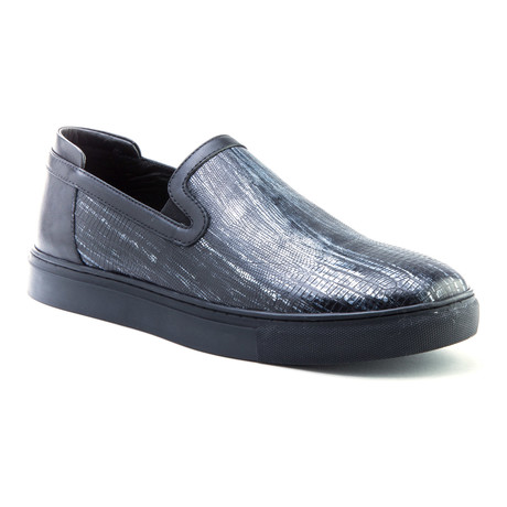 Bogart Slip-On // Black (US: 8)