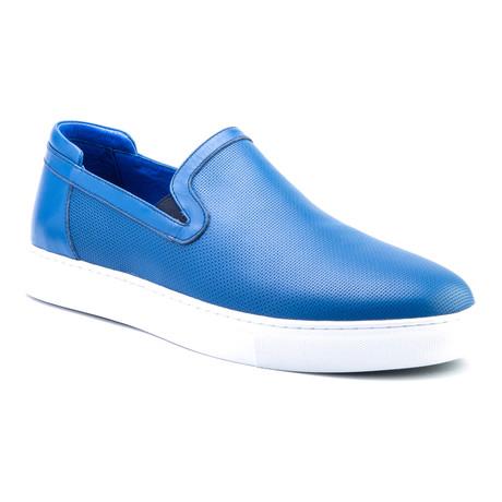 Grant Slip-On // Blue