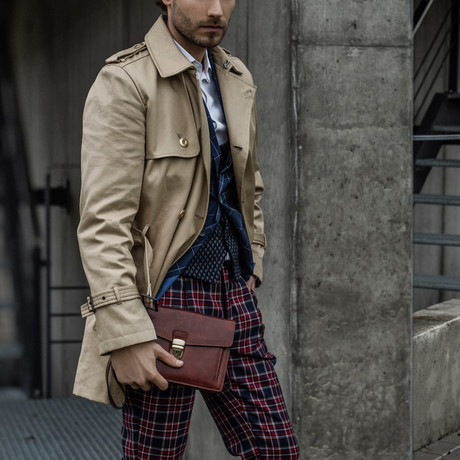 Faust Briefcase // Small // Brown