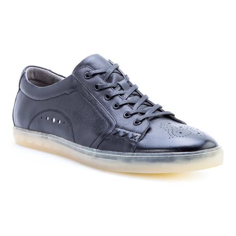 Drum Low-Top Sneaker // Black