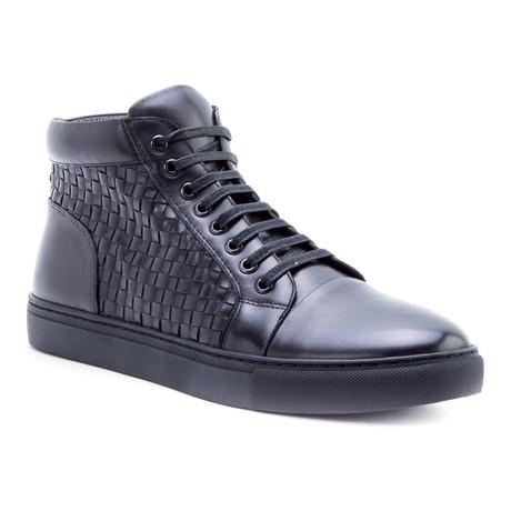 Soul Sneaker // Black (US: 8)