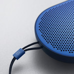 BeoPlay P2 (Black)