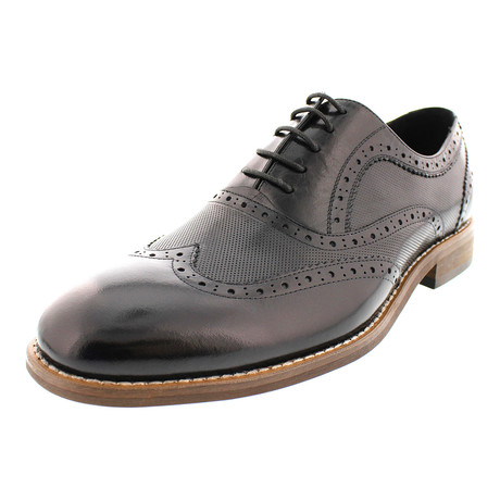 Raleigh Perforated Wing-Tip Oxford // Black