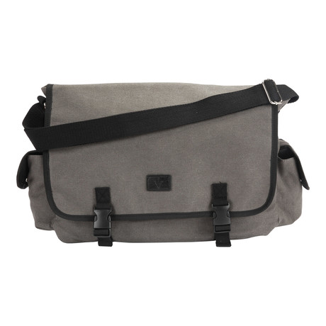 The Challenger Charging Backpack // Grey