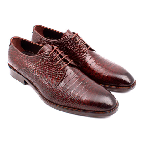 Croc Embossed Leather Lace-Up Derby // Brown