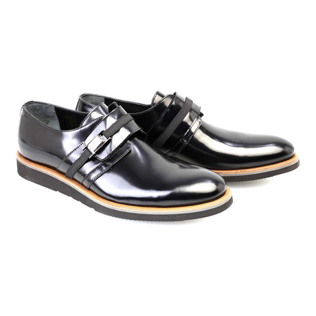 Patent Leather Contrast Sole Strap Loafer // Black