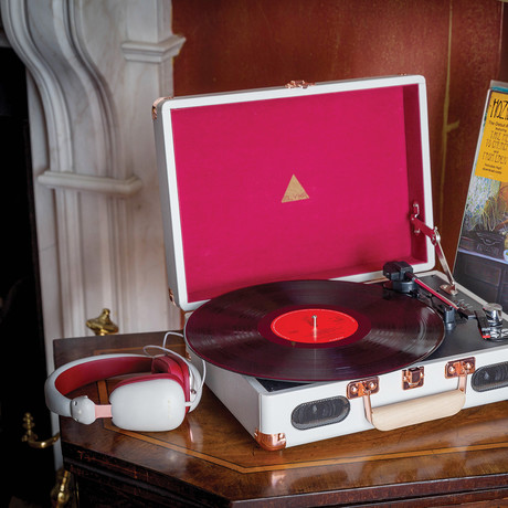 Revolution Vinyl Player