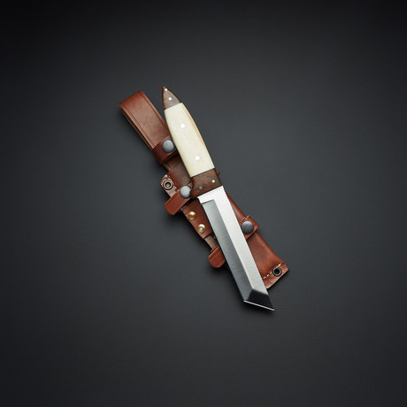 D2 Bone Rosewood Tactical Tanto Knife