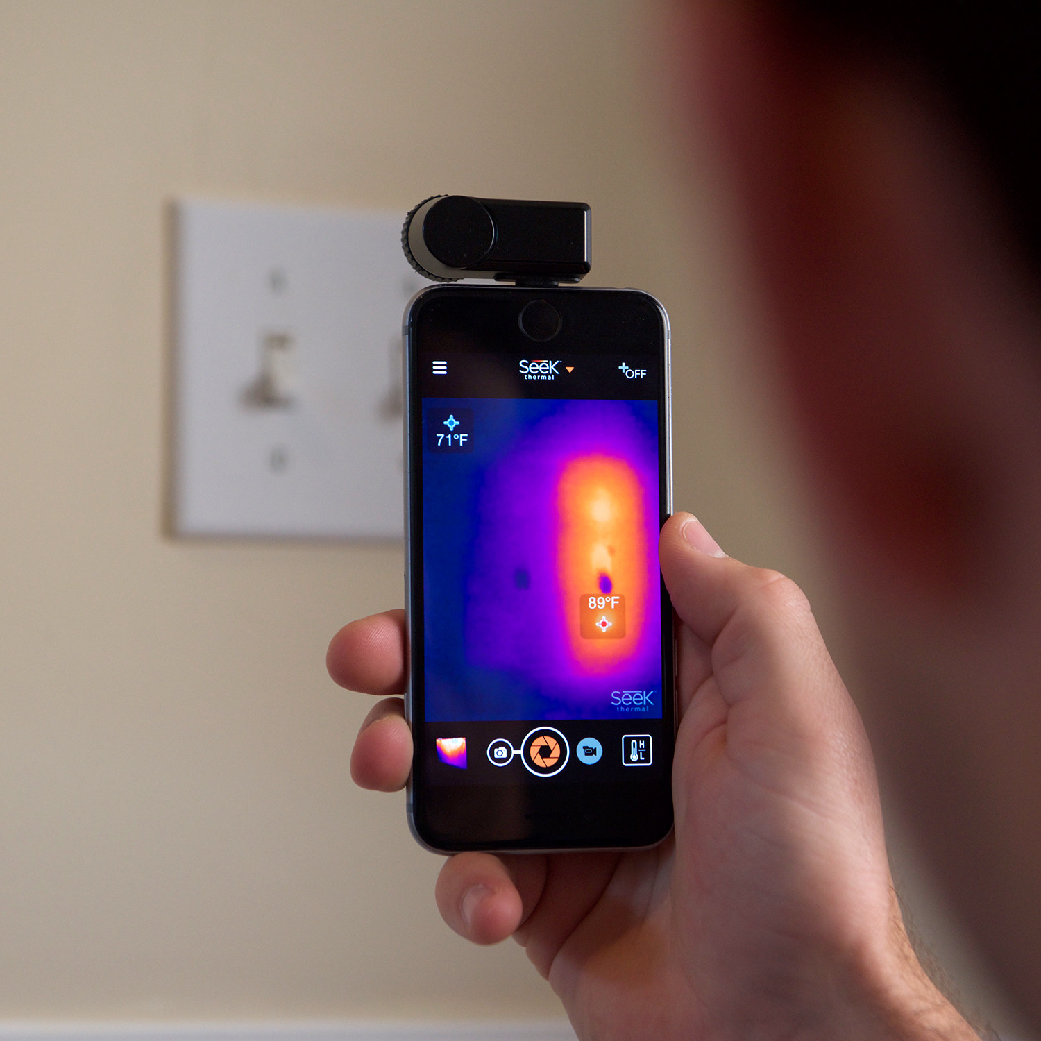 Compact ios seek thermal touch of modern for What is touchofmodern