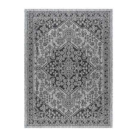 Veranda Vaux Traditional Rug // Black