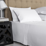 Single Ajour // White (Cal King Sheet Set)