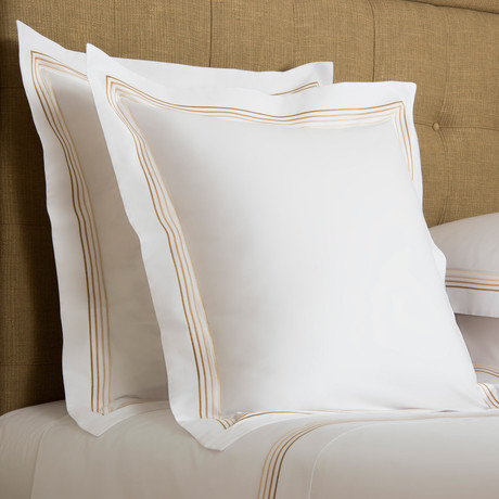 Cruise // White + Beige (Cal King Sheet Set)