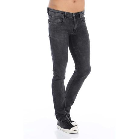 Heel Jean // Black (31WX32L)