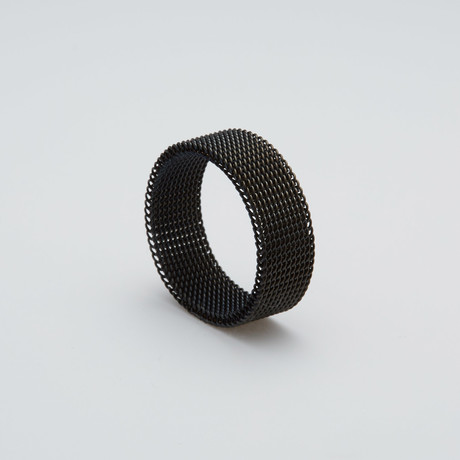 Chain Mail Ring // Black (Size 7)